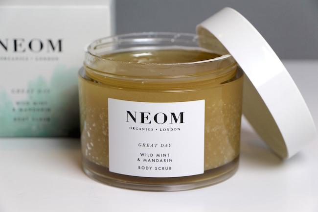 NEOM Great Day Body Scrub Review