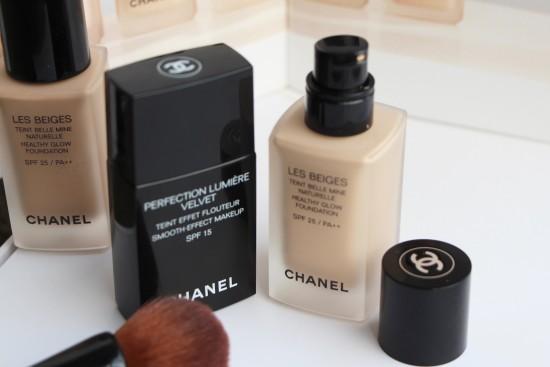 Chanel Foundations: Les Beiges vs Lumiere Velvet